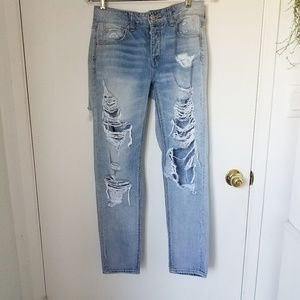 American Eagle Distressed high rise
